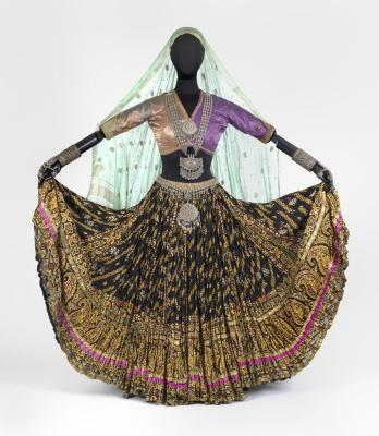 Purple and Green Choli/Bodice, Nautch Dance